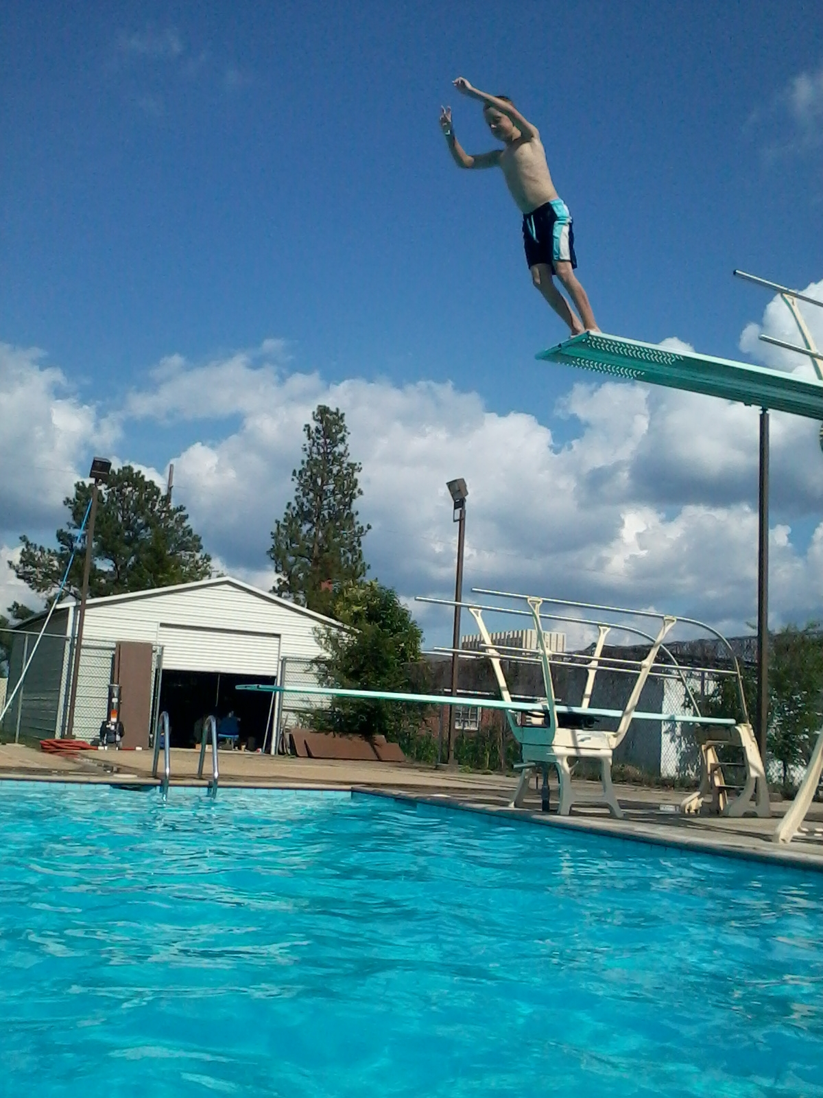 Gallery For > Diving Off A High Diving Board